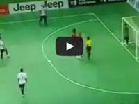 El gol más brutal de fútbol sala de la historia.